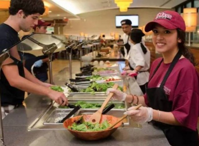 西安高校推食堂外卖点餐系统 学生送餐月入千元